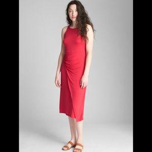 Cinched Waist Midi Dress !